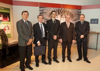 od leve: prof. dr. Milan Čerček,  Simon Webster,  dr. Boštjan Končar,  dr. Tomaž Boh, dr. Ivan Skubic